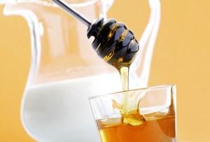Молочные медовые напитки
